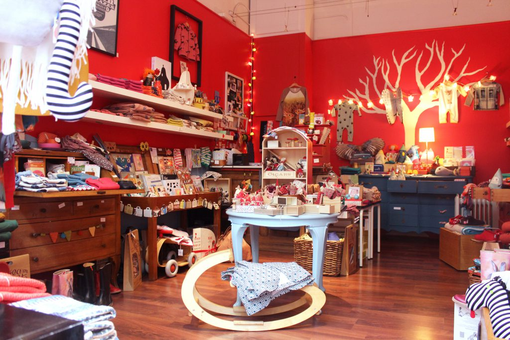 Poisson rouge boutique incontournable pour enfants les petits genevois - Poisson rouge rigolo ...
